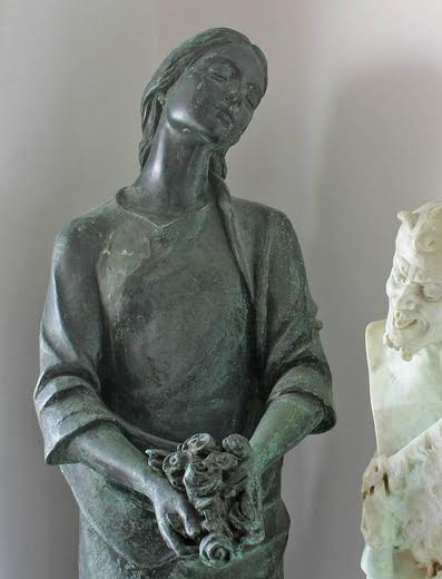 Zenga - Bronze Maiden with Flowers